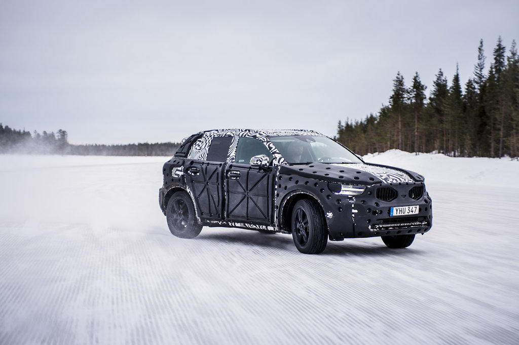 Volvo XC40, winter test track, Northern Sweden