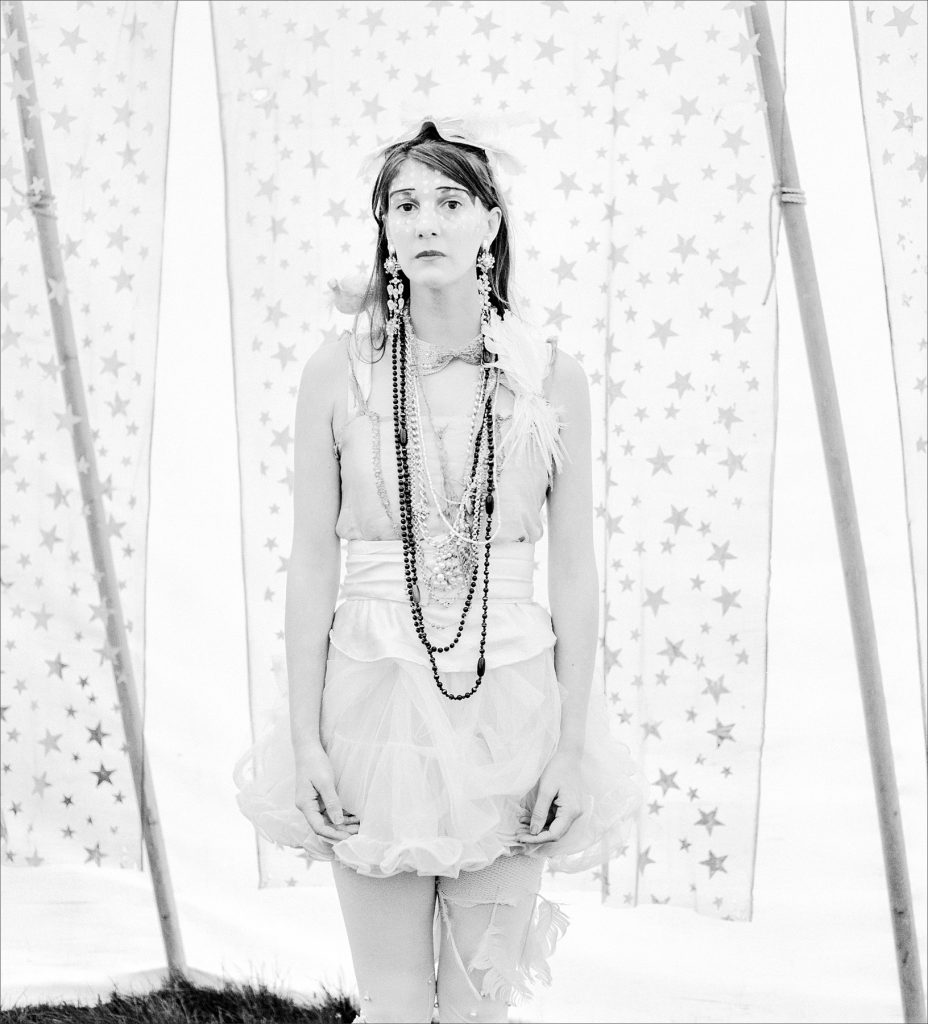 Emma Kempton, Giffords Circus, Cirencester